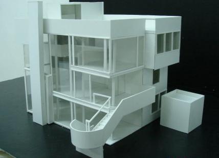 从事手工模型制作至少3年以上,熟悉建筑手工模型制作各流程,能独立